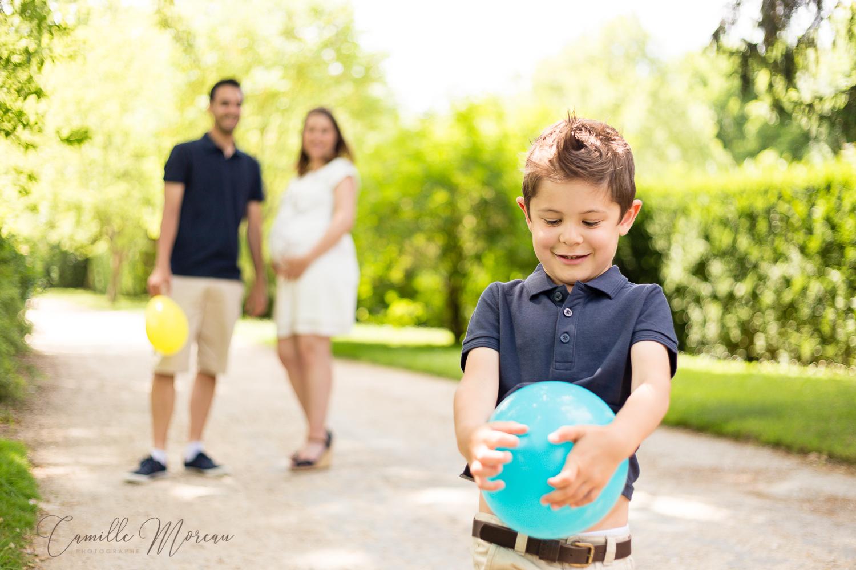 Séance famille grossesse lifestyle extérieur